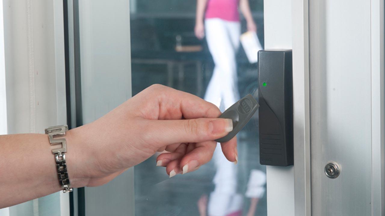 control de acceso para empresa
