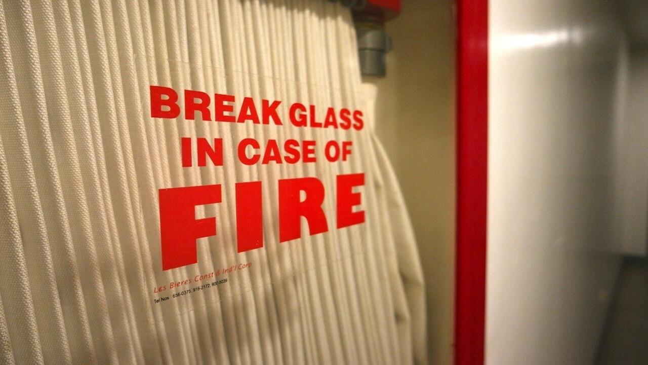 simulacro de incendio en la oficina